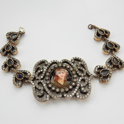 Photo of Gilt Silver Classical Beauty Link Heart Bracelet