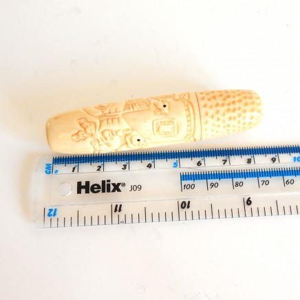 Photo of Chinese Sewing Thimble Ebony Rat Hand Carved