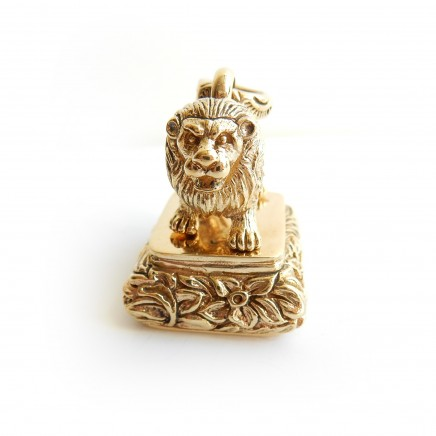Photo of Gold Plated Lion Signet Seal Stamp