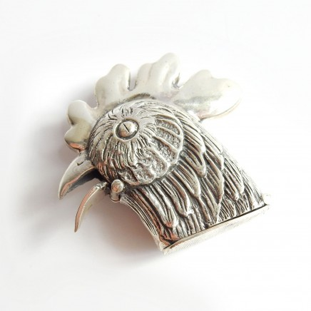 Photo of Sterling Silver Rooster Hen Vesta Manual Beak Opening Mechanism