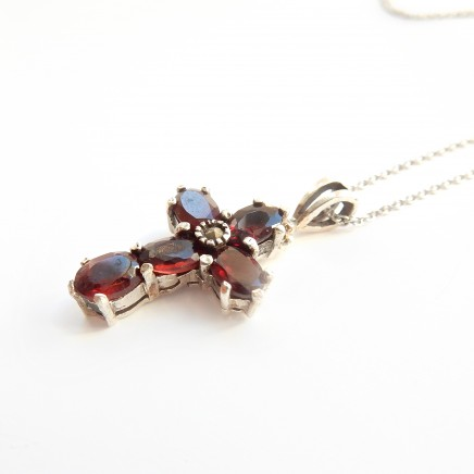 Photo of Vintage Garnet Sterling Silver Cross Crucifix Necklace