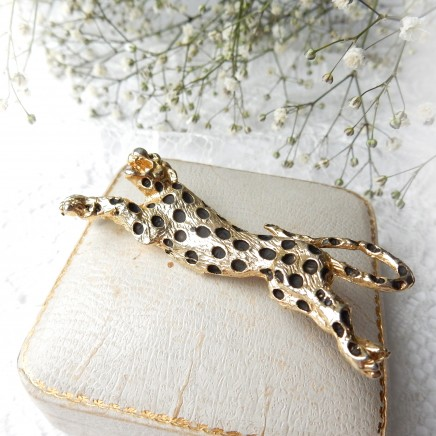Photo of Vintage Gold Leopard Brooch