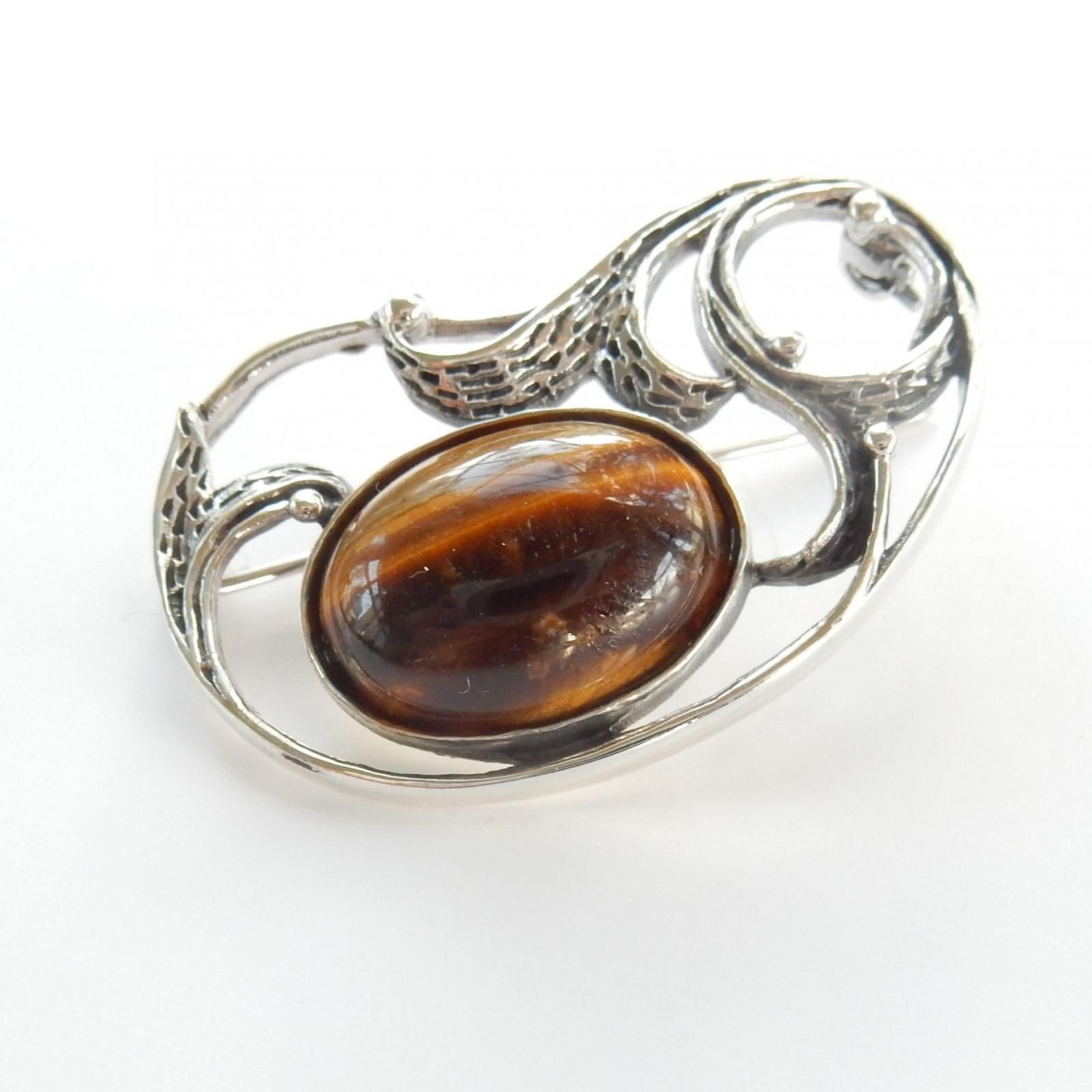 Photo of Silver Cabouchon Tigers Eye Brooch