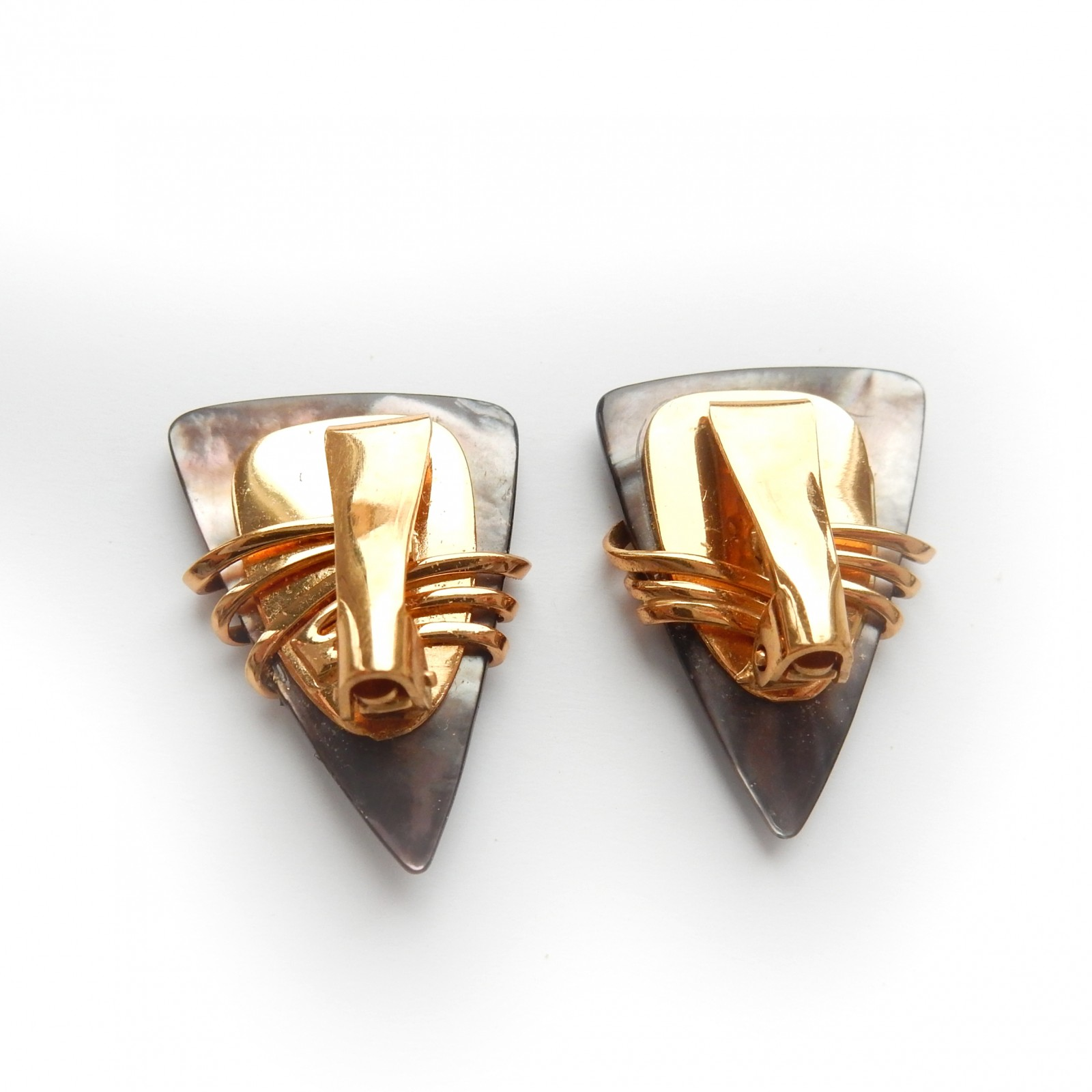 Photo of Vintage 14Carat Gold Plated Pearl Shell Clip on Earrings