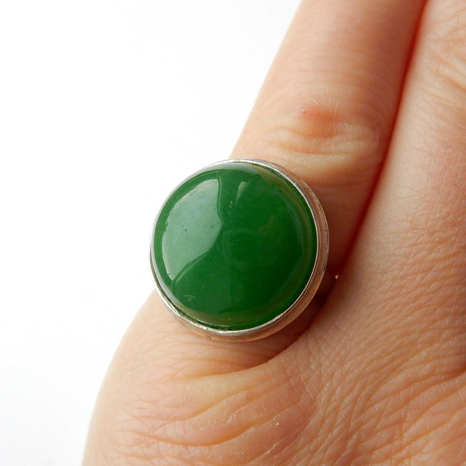 Photo of Vintage Jade Cabouchon Ring Solid Silver Size 6.5