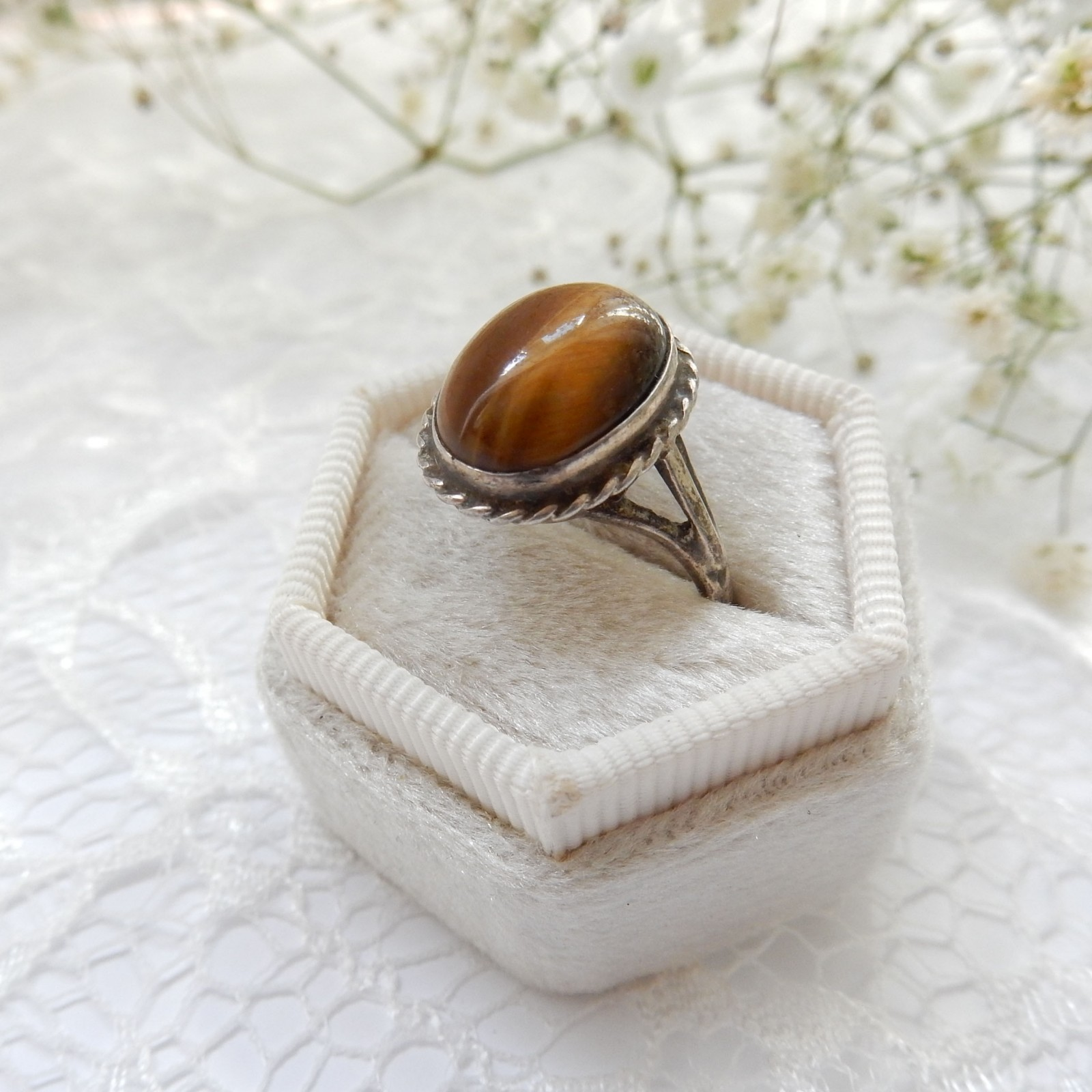Photo of Vintage Sterling Silver Tigers Eye Ring June Birthstone Jewelery US Size 7 3/4