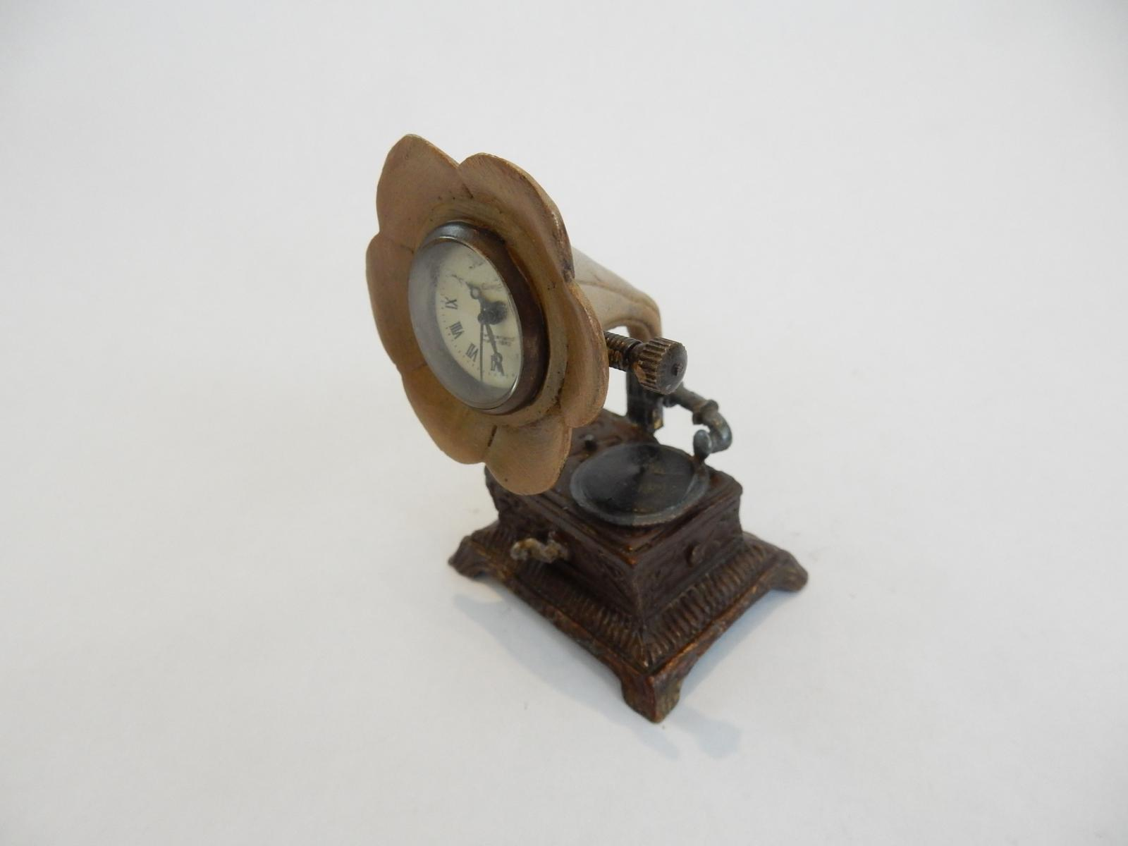 Photo of Hand Painted Novelty Omega Gramophone Clock